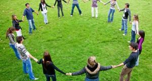 הרב לייטמן - שמחה מעגל אנשים חיבור