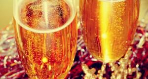 חכמת הקבלה - שמפניה כוסות שתייה אלכוהול