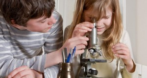 מיכאל לייטמן - ילדים מיקרוסקופ