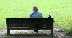 מיכאל לייטמן - זיקנה איש ספסל זקן