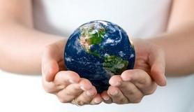 הרב לייטמן - ידיים מחזיקות עולם