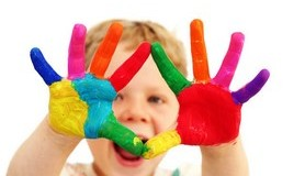 חכמת הקבלה - ילד אצבעות ידיים חינוך